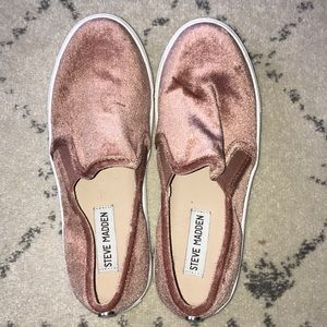 Steve Madden Pink Slip On Shoes Size 6